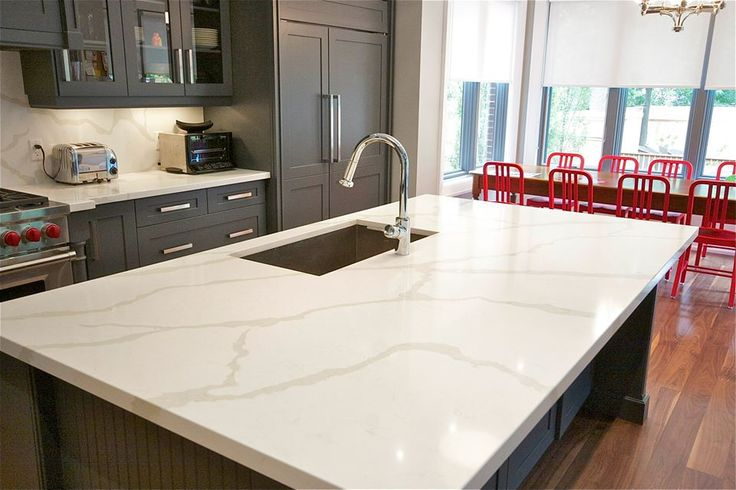 One Calacatta Quartz Countertops