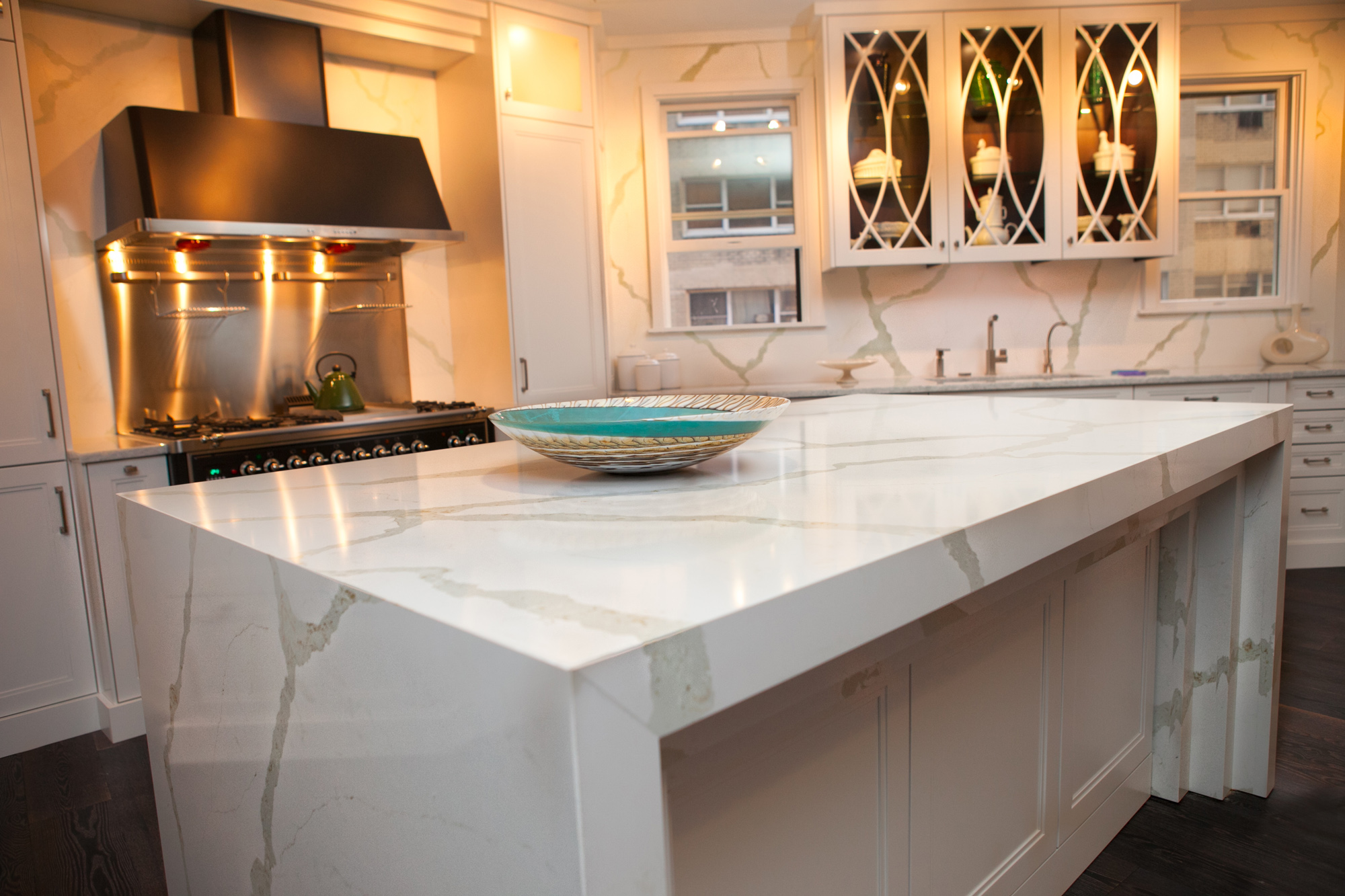 Vicostone calacatta quartz for Kitchen ideas with porcelain countertops
